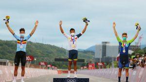 Richard Carapaz logra medalla de oro en Tokio 2020
