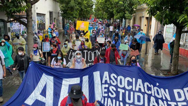 Manifestación por parte de la AEU