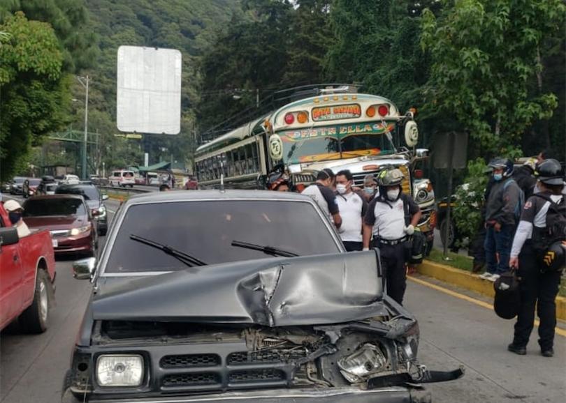 triple colisión en ruta Interamericana