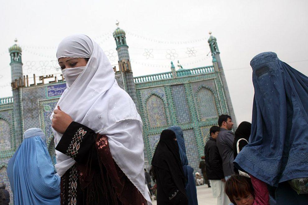 Mujeres con burka en Afganistán