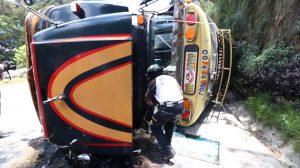 bus volcado en ruta Interamericana