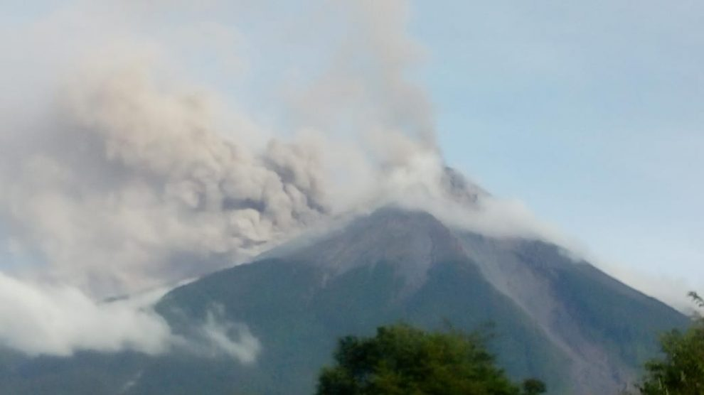 El volcán de Fuego inicia nueva fase de erupción