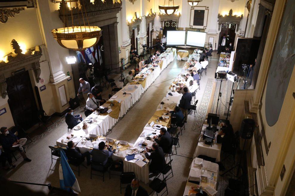 Congreso avanza en discusión de iniciativa para atender emergencia por Covid-19