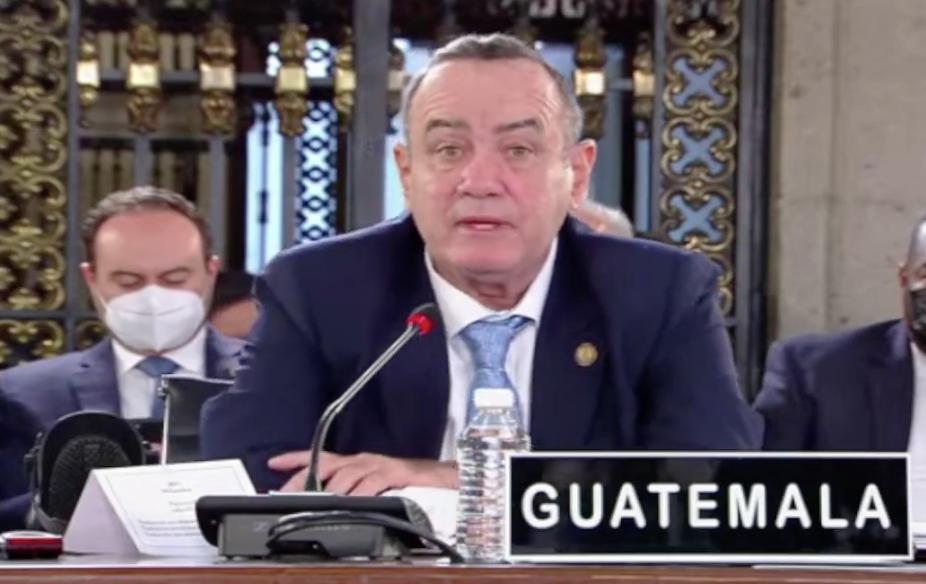 presidente Alejandro Giammattei pronuncia discurso en cumbre de Celac