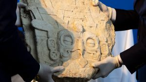 estela maya recuperada por Guatemala