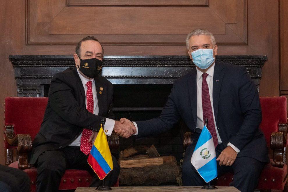 reunión de los presidentes de Guatemala y Colombia