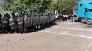 disturbios en El Estor, Izabal, durante protesta contra minera