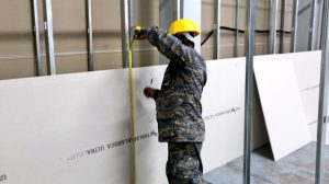 Ejército realiza trabajos de ampliación del hospital del Parque de la Industria